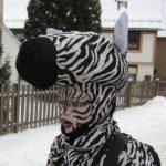 Bild 10: Sandra Oschmann als Zebra-Deckhengst
